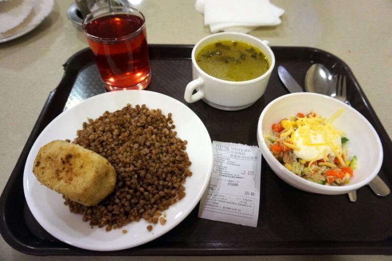 Где недорого поесть в столичных аэропортах. Шереметьево, Внуково, Домодедово